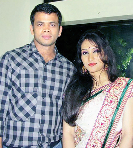 razzak-cricketer-wife