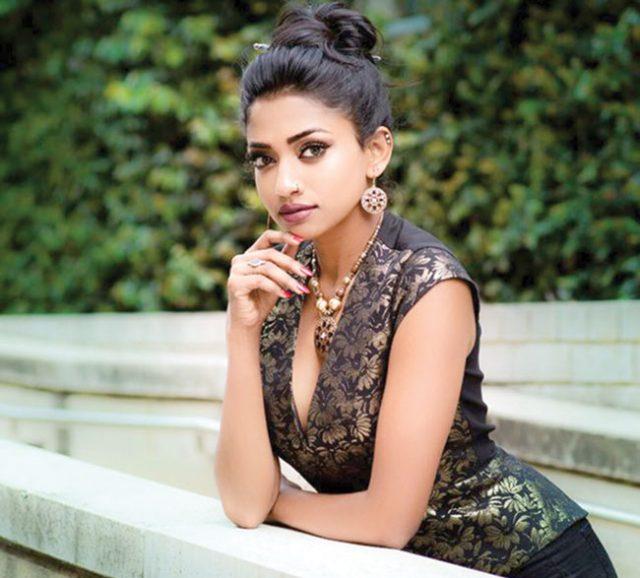 Nabila-Bollywood